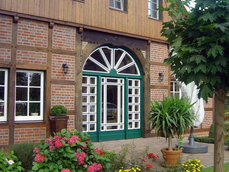 Tischlerei Hagemeier in Steinhagen, Referenz besondere Türen und Fenster
